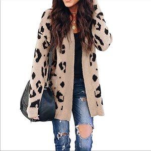 Sweaters - 💕Long Sleeve Leopard Cardigan Brand New So Cute💕